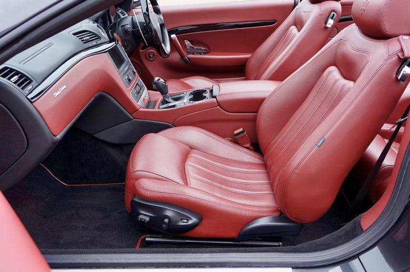 Lederpflege für Autositze